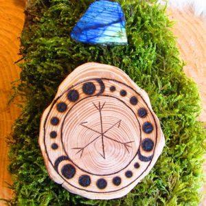 Talisman Runique réalisé par Ours Sauvage avec des runes liées de l'ancient futhark